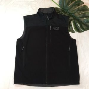 MOUNTAIN HARDWARE | three pocket fleece vest